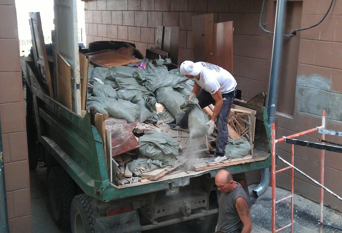 картинки вывоз мусора демонтаж грузчики когда